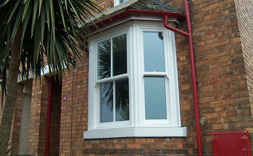 sliding sash window